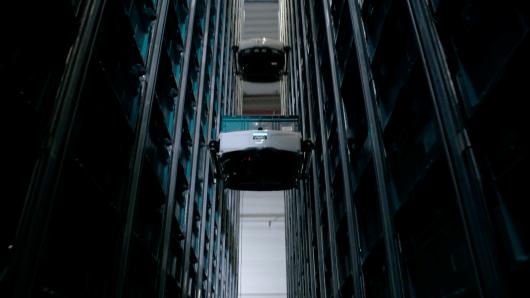Robot Skypod dans un entrepôt logistique Octopia