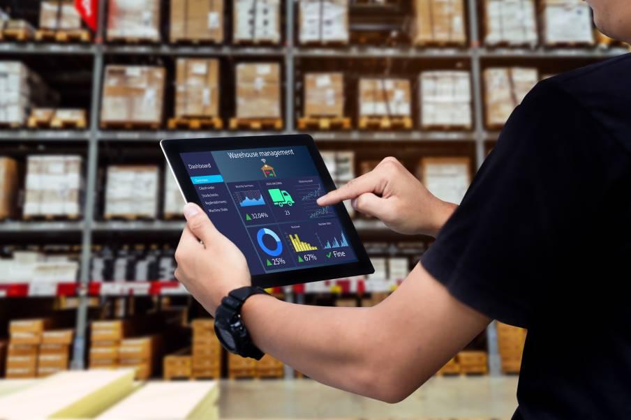 Gestion des stocks et logistiques à l'aide d'outils numériques et digitaux