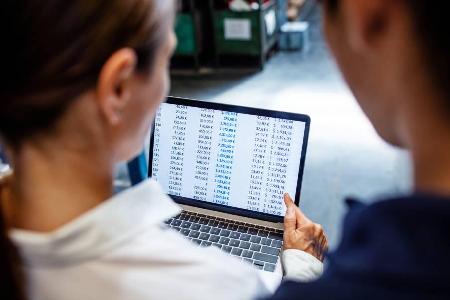 Gestion des stocks et logistique des entrepôts Octopia via système informatique